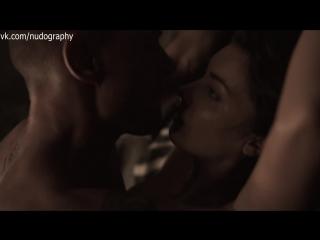 Танит Феникс (Tanit Phoenix) в фильме Смертельная гонка 2: Франкенштейн жив (Death Race 2, 2010)