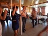 Конкурс лучшего танцора цыганочки.
