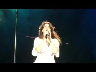 Lana Del Rey – Blue Jeans Live @ Endless Summer Tour Coral Sky Amphitheatre