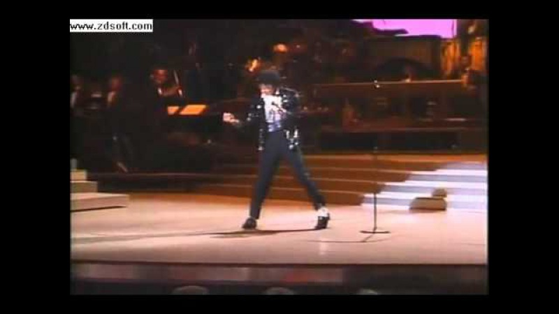 Michael jackson - billie jean live first time moonwalk