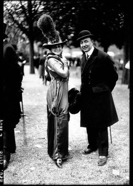 Фотографии светской публики с парижских скачек 1910-1912-х годов.