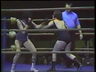 Lucille Dupree vs Kay Casey Ladies Boxing)