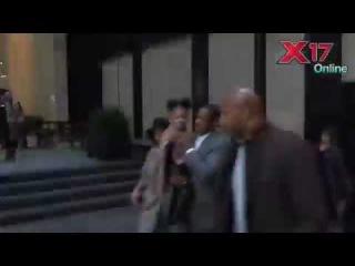 Бейонсе, Джей и Блу покидают премьеру фильма