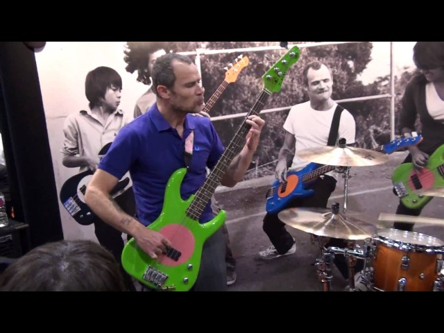 NAMM SHOW 2010- Flea and Chad