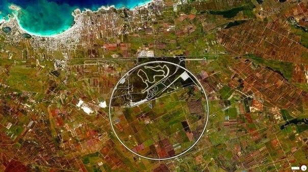 кольцо нардо: полигон porsche в италии кольцо nardo — скоростная испытательная площадка, кольцо 12.5 км длиной, расположенное в отдаленном районе прямо на пятке итальянского «ботинка», в 50