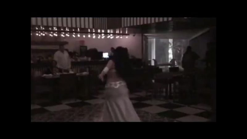 Sandra Harir Show en el restaurante Beirut