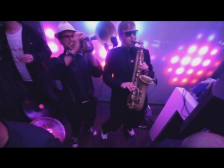 Parov Stelar - A Night In Torino Dj Reeves feat D.Dato Life Performance Mix