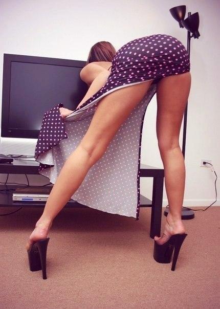 худенькими ногами