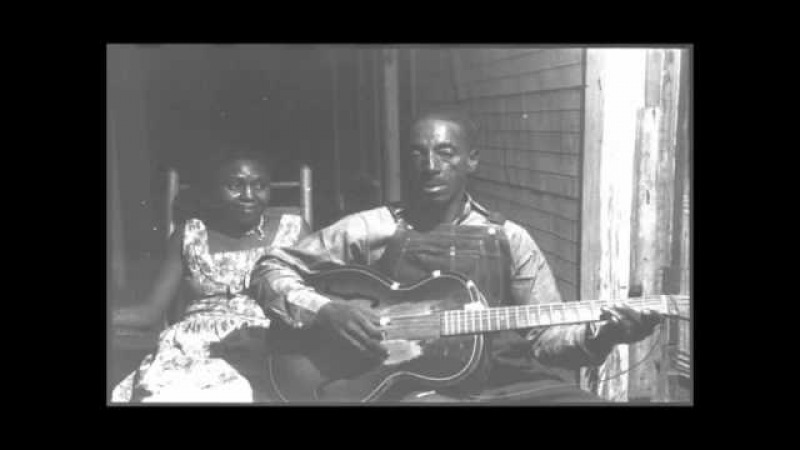 Mississippi Fred McDowell - Freight Train Blues