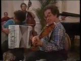Itzhak Perlman plays Klezmer