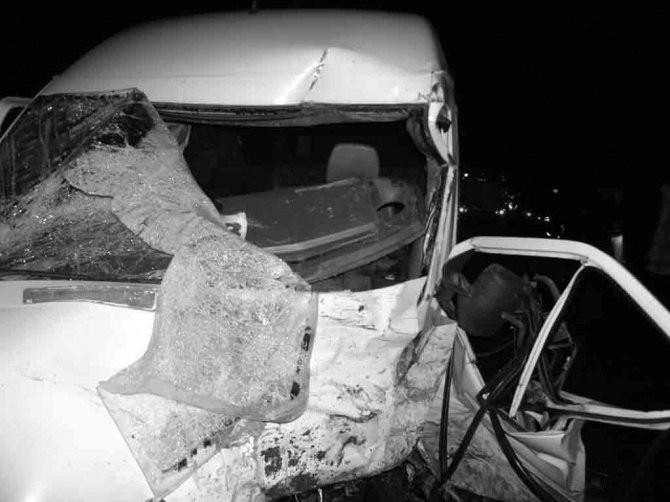 Недалеко от Таганрога перевернулась «пятерка», пострадали два человека