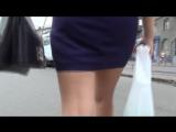 SEXY GIRL !!! BIG ASS !!! Девушка в мини-юбке !!!