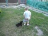 Злая собака)) Забавные малыши! Позитив!!!