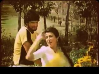 Lata Mangeshkar - Geet Meray Honton Ko - Kabhi Ajnabi The - Debashree Roy, Sandeep Patil.