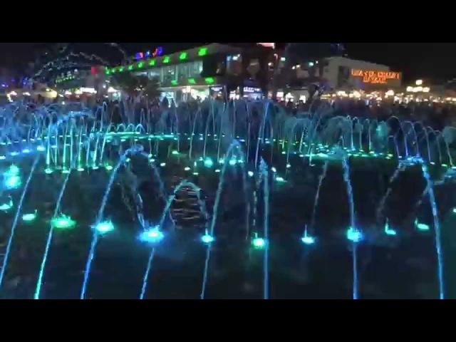 Египет Шарм Эль Шейх SOHO Поющий фонтан Egypt Sharm El Sheikh SOHO Singing Fountain