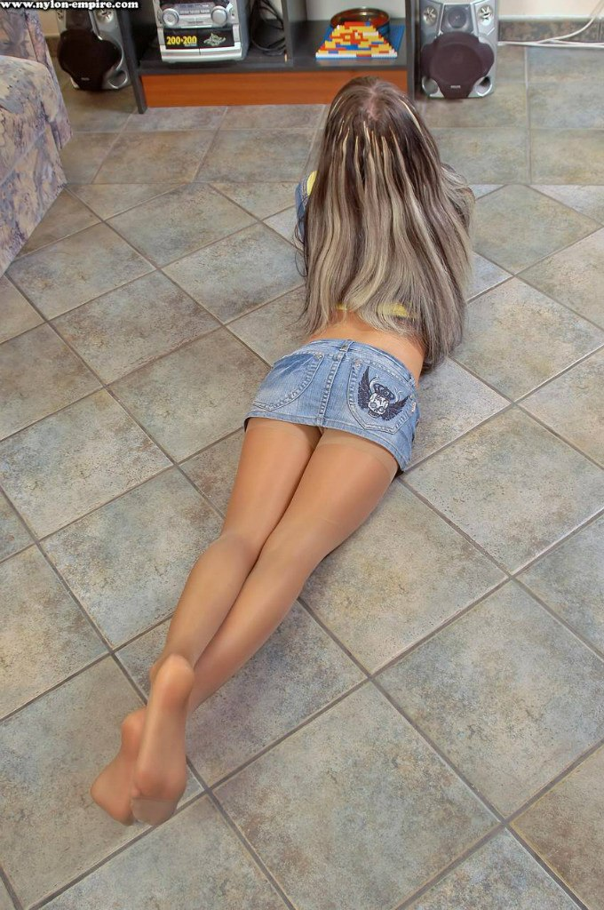 pantyhose legs pigtails