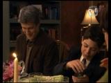Жизнь с Дереком 2 сезон : 12 Dinner Guest (Гость на ужин)