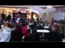 Офигеть Старушки танцуют твист Флешмоб Flashmob