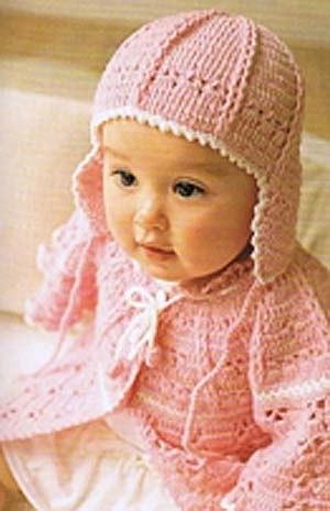 Розовый чепчик для девочки до года (2 фото) - картинка