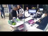 LiveLeak - Off-duty cop reacts and shoots armed robber at pharmacy