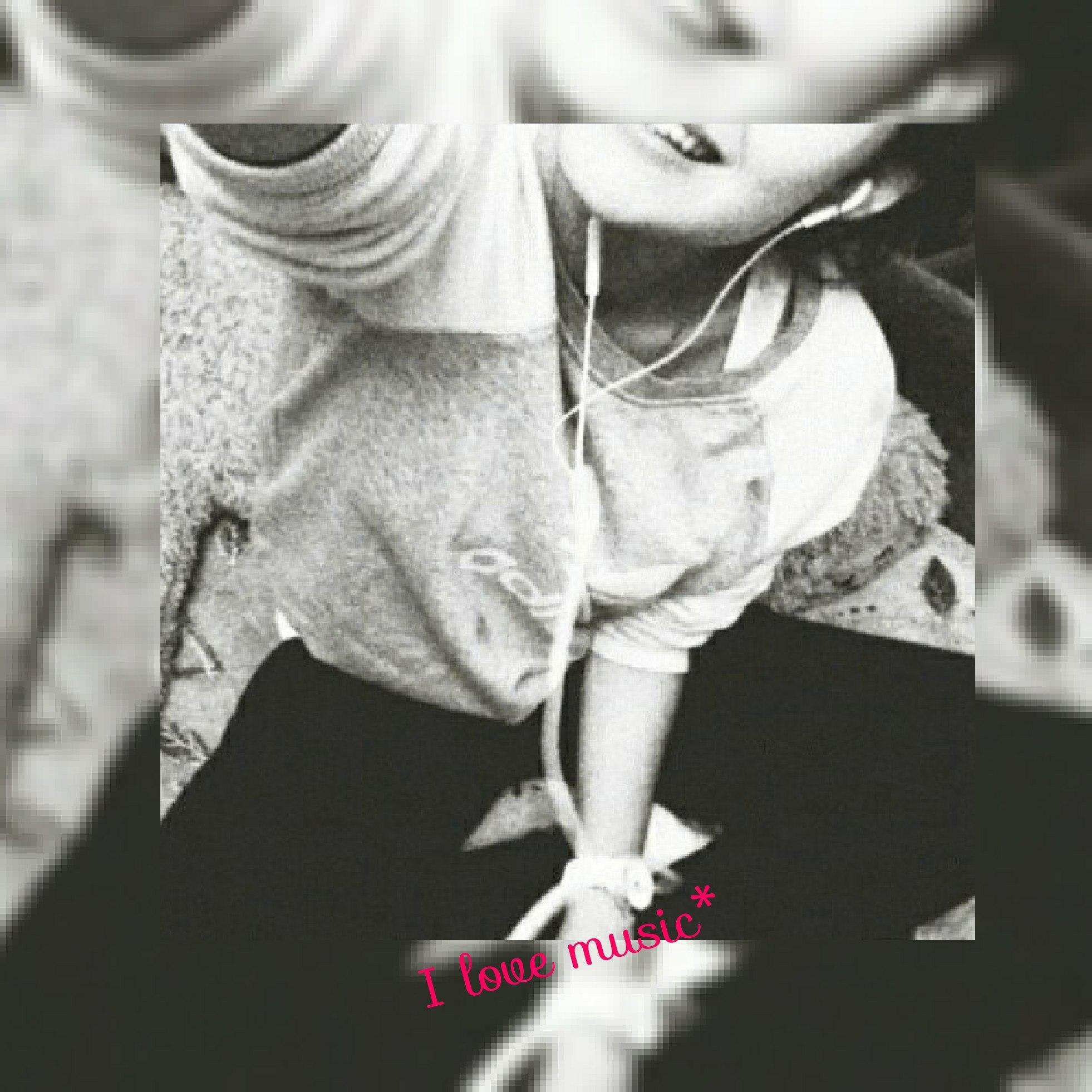 Фото на аву для девочек 15 лет без лица селфи