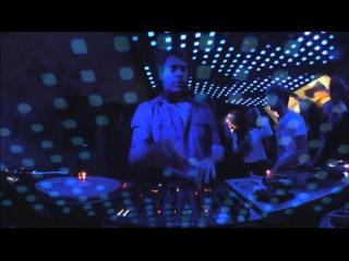 D'Julz Boiler Room Paris DJ Set
