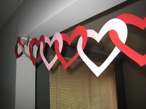 Как украсить комнату на 14 февраля фото своими руками