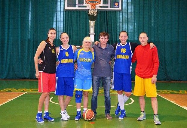 В Івано-Франківську тренується жіноча збірна України з баскетболу 2