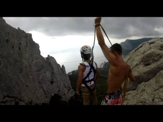 Курильский Дмитрий Ильяс кая прыжки с верёвкой в Крыму с командой Скайлайн