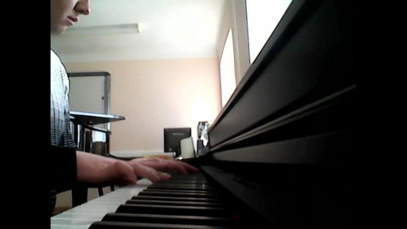 Алексей Синтюрин играет Joe Harnell - Lonely Man Theme из кф Невероятный Халк