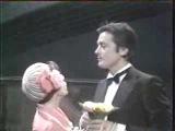 Mireille Mathieu et Alain Delon - Hello, Taxi