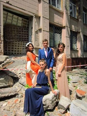 Донецк Путиловка Школа №58 Выпускники 2015 года