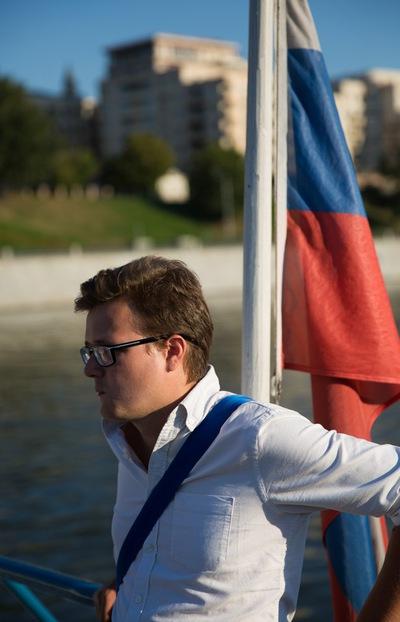 Андрей Фирстов