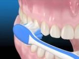 Как правильно чистить зубы зубной щеткой.
