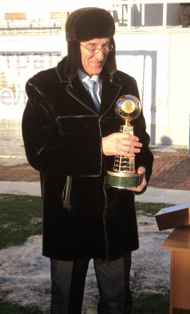 10 февраля 2017 г. исполняется 58 лет известному челябинскому футболисту, тренеру и футбольному функционеру Михаилу Григорьевичу Шафигулину!