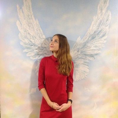 Аня Катонина