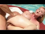 Сделал массаж зрелой женщине, mature milf massage granny big tits sex mom anal old busty pussy (Инцест со зрелыми мамочками 18+)
