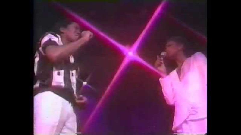 Whitney Houston and Jermaine Jackson - Nobody Loves Me Like You Do 1984