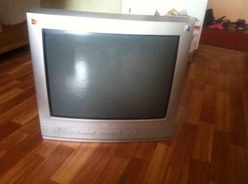 Продам телевизор Витязь