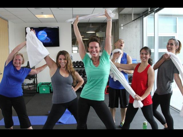 Debbie Siebers - Workout Beginner Beachbody Live! | Дебби Сиберс - Тренировка для начинающих (понадобится полотенце)