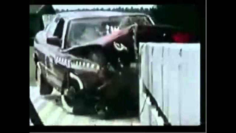 Crash Test BMW 520i E34 AMS Impplite) 2