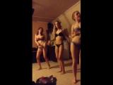 Шлюхи Periscope 18+|6 красавец в купальниках трясут жопой