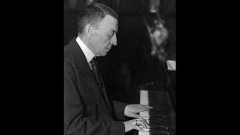 Rachmaninoff plays Liszt: Gnomenreigen