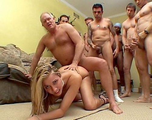 porno-po-ocheredi-foto