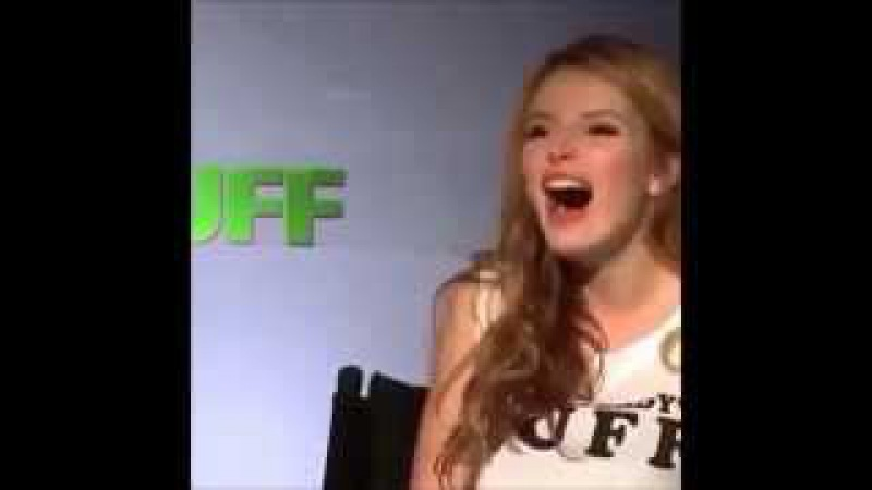 Bella Thorne Laughing To Music bellalaughingtomusic - Compilation (VINE)