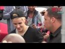 Blonde Justin Bieber meeting fans at West Coast Customs in Burbank, LA, California - December 7 2014
