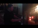Артем Зон, профессиональный музыкант, постоянный и долгожданный гость ресторана Дунай