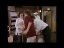 Джо и Чендлер трогают грудь Моники! Неудавшиеся дубли сериала Д�
