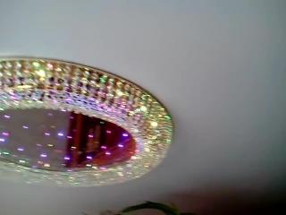Натяжной потолок с утопленной люстрой