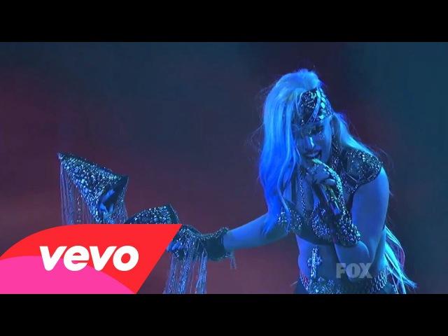 Леди Гага исполняет The Edge of Glory на American Idol, Лос-Анджелес, Nokia Theater